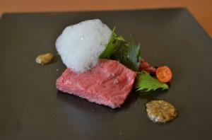 博多和牛ランプの低温ローストゆずの泡 2種類の水菜